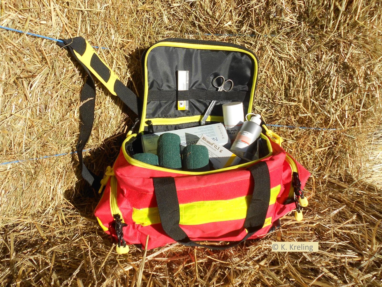 Notfallset + Tasche Für Die Stallapotheke